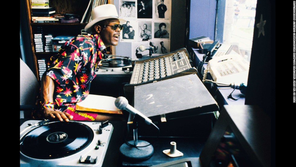 "Samuel L. Jackson plays local DJ ""Mister Senor Love Daddy,"" whose mellifluous chatter continually comments on the day. Jackson had a major role in Lee's next film, ""Jungle Fever,"" which proved to be his big break."