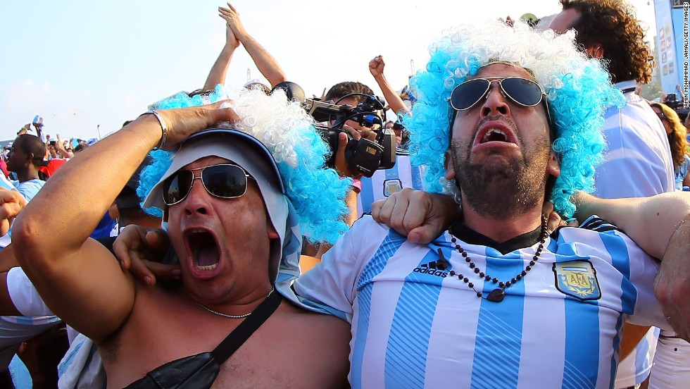 Argentina fans in Rio de Janeiro celebrate at the end of the Switzerland match on July 1. Argentina won 1-0 to advance to the quarterfinals.