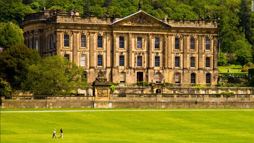 "<strong>9. Bakewell, UK<strong></strong>. </strong>Fancy living your own Jane Austen fantasy? You could head to the historic Chatsworth House in Bakewell, UK, where Matthew Macfadyen brought Mr. Darcy to life in ""Pride & Prejudice."""