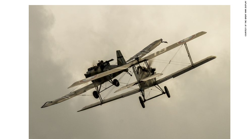 Renowned for its high maneuverability and performance level, The Royal Aircraft Factory SE5a was known to gather considerable speed during air dives with its 8.11 meter wingspan.