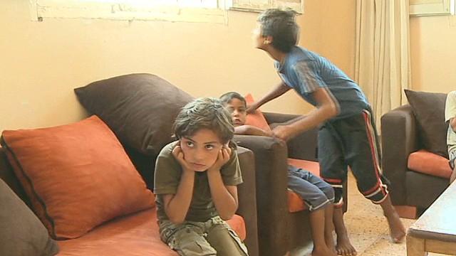 pkg wedeman living under fire in gaza_00000601.jpg