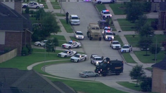 Police: Man kills 4 children, 2 adults