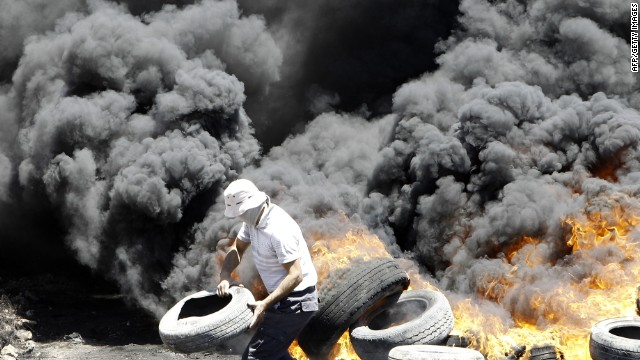 Gaza mood darkens as strikes continue