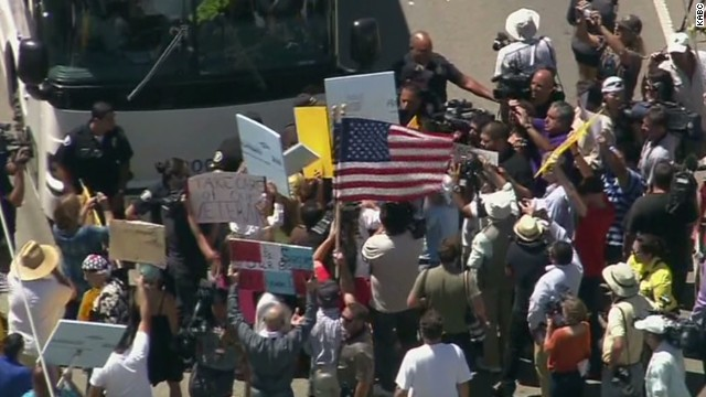 ac pkg kaye immigrants hostile reception border towns_00010525.jpg
