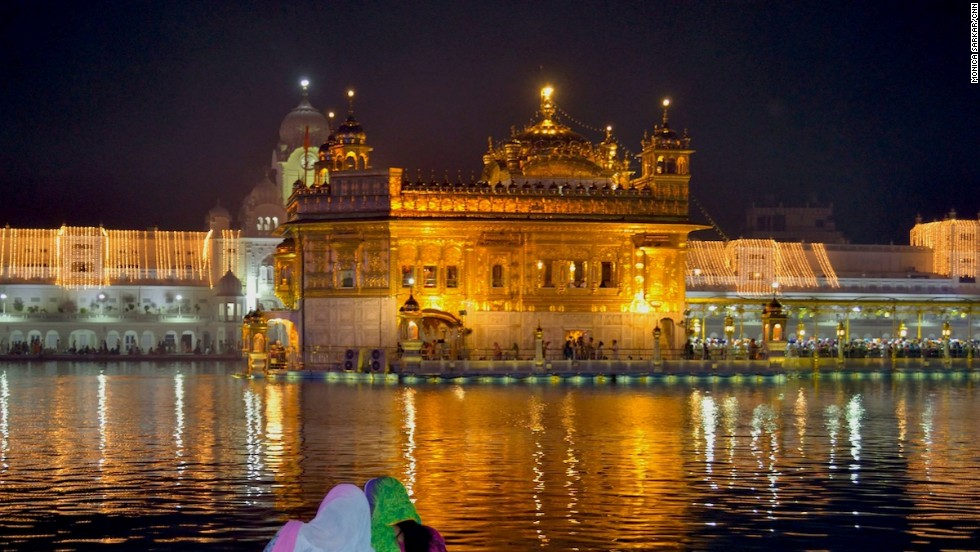 The Basunti retreat is about a 3.5 hour drive from Amritsar, which has the nearest airport. Amritsar is home to the Golden Temple, the spiritual and cultural center of the Sikh religion.