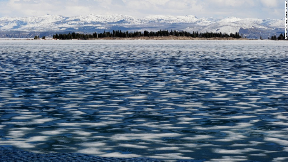 Yellowstone -- and most other national parks -- see their biggest visitor numbers in the summertime, but if you wait until winter, you get a different, more solitary view of the pristine landscape.