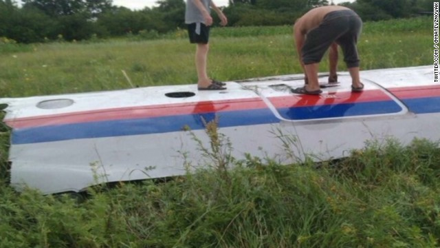First images of Malaysia Airlines debris
