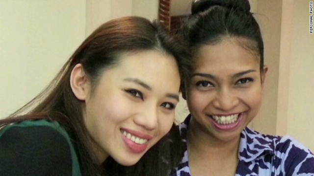 Flight attendant loses friends on MH17