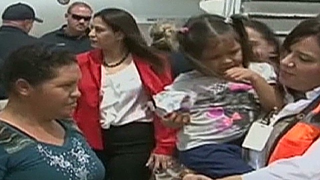 cnnee umana intv pulitzer journo nazario honduras children case_00044928.jpg