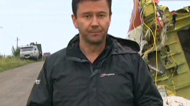 CNN at MH17 crash site as day breaks