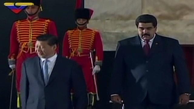 cnnee hernandez china president visits vzla_00001826.jpg
