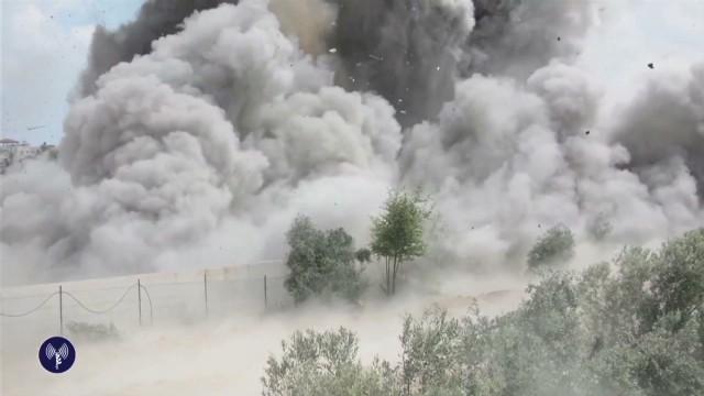 cnnee two weeks conflict hamas israel levy_00001724.jpg