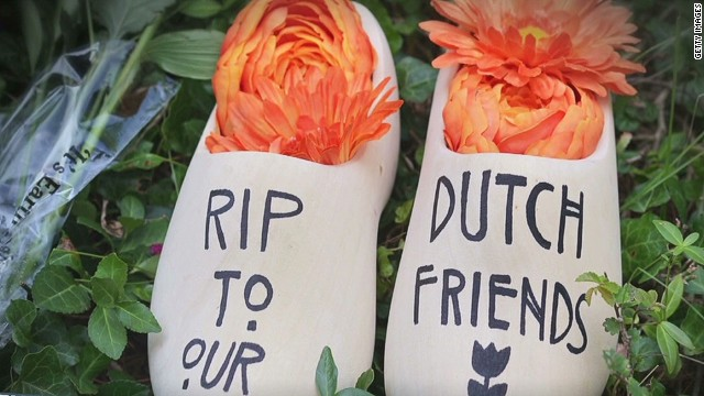 lead dnt sciutto netherlands mh17 victims_00005230.jpg