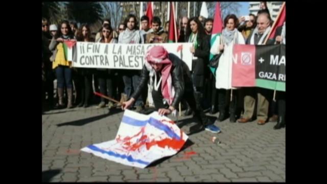 cnnee gaza and palestine latam reax pkg_00012206.jpg