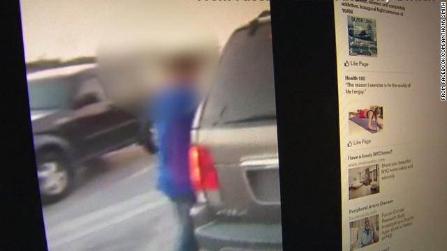 erin pkg moos shoplifter caught confrontation_00002810.jpg