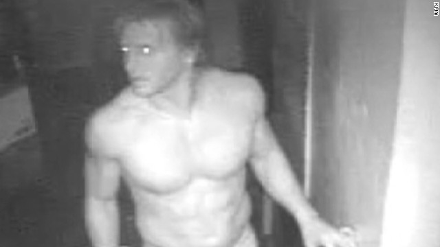 pkg men rob restaurant in boxers_00003408.jpg