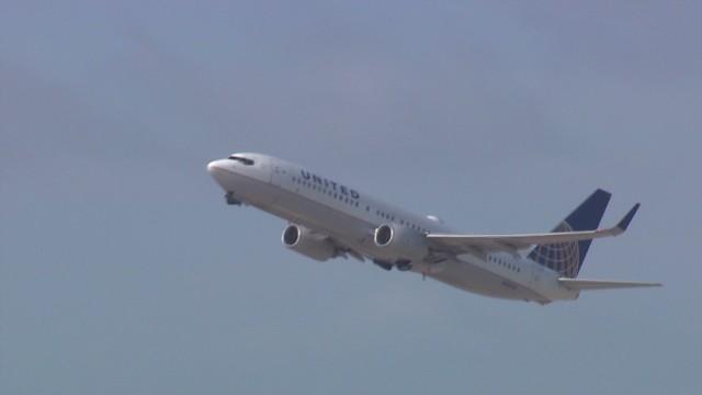 erin pkg sandoval plane security takeoff landing_00010113.jpg
