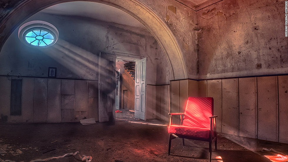 Many of Makowska's images feature sunlight shafting through windows or roof holes to pierce the dust and gloom.