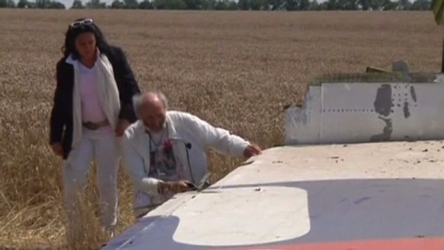 First family reaches MH17 crash site