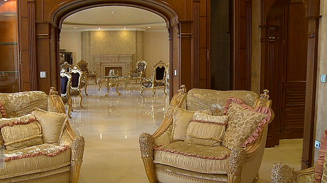 Tehran's empty luxury homes