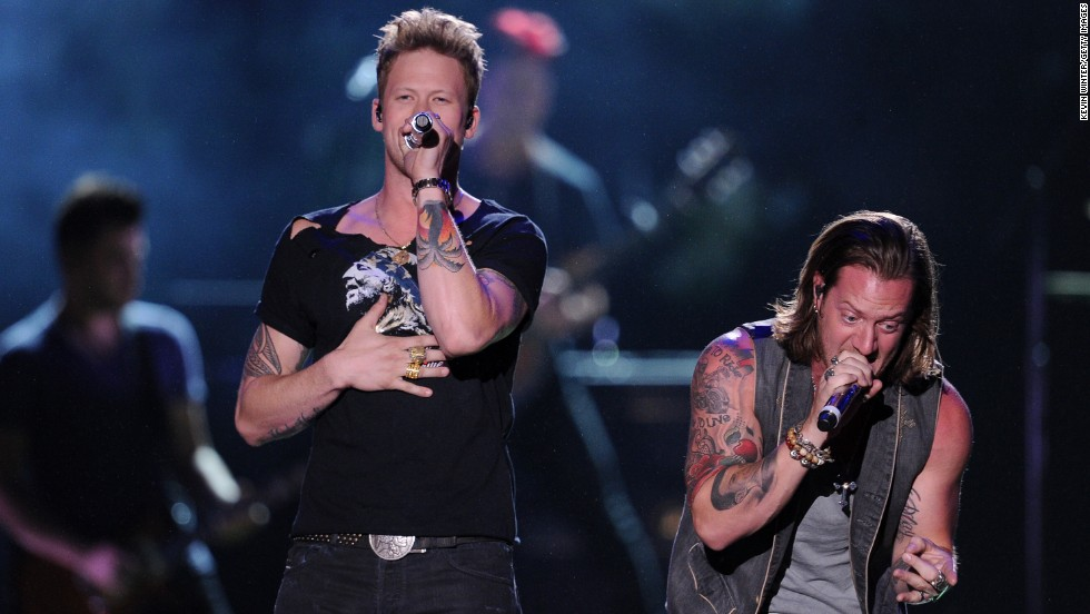 """Florida Georgia Line had 2013's biggest country single, """"Cruise."""" The duo made $24 million."""