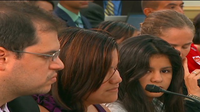 cnnee dulce washington testimony undocumented children_00020922.jpg