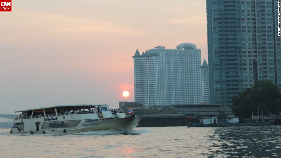 "The Chao Phraya is a major river that flows through Bangkok, Thailand. <a href=""http://ireport.cnn.com/docs/DOC-1151269"">Sobhana Venkatesan</a>, who visited Thailand in January, was impressed with the river's many transportation options."