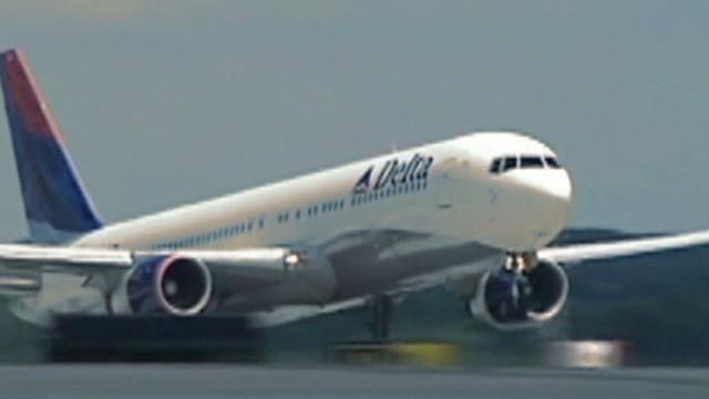 ac pkg carroll airline fly safety _00022516.jpg