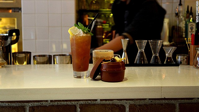 Little L.A.B.: Traditional cocktails with a Chinese twist.