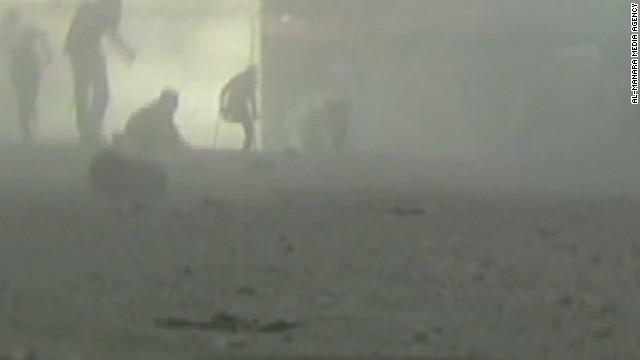 Dramatic video of Gaza market attack