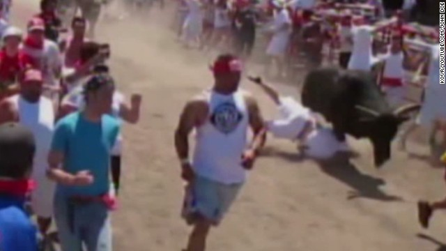 dnt man gets trampled during bull run_00012602.jpg