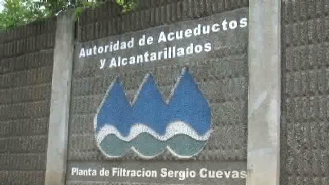 cnnee alexandrino puerto rico public companies financial aid_00001626.jpg