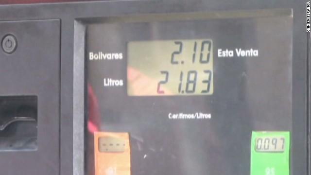 cnnee hernandez gas prices venezuela_00003028.jpg