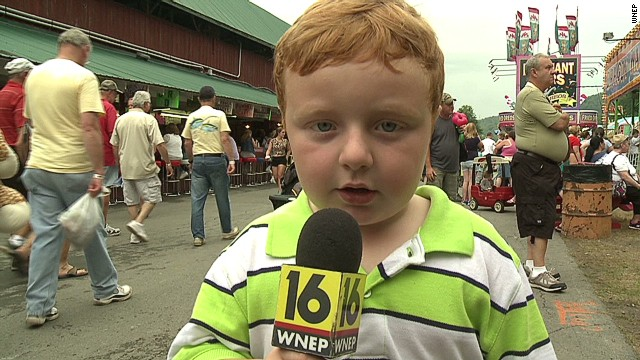 intv kid steals the show live_00000421.jpg
