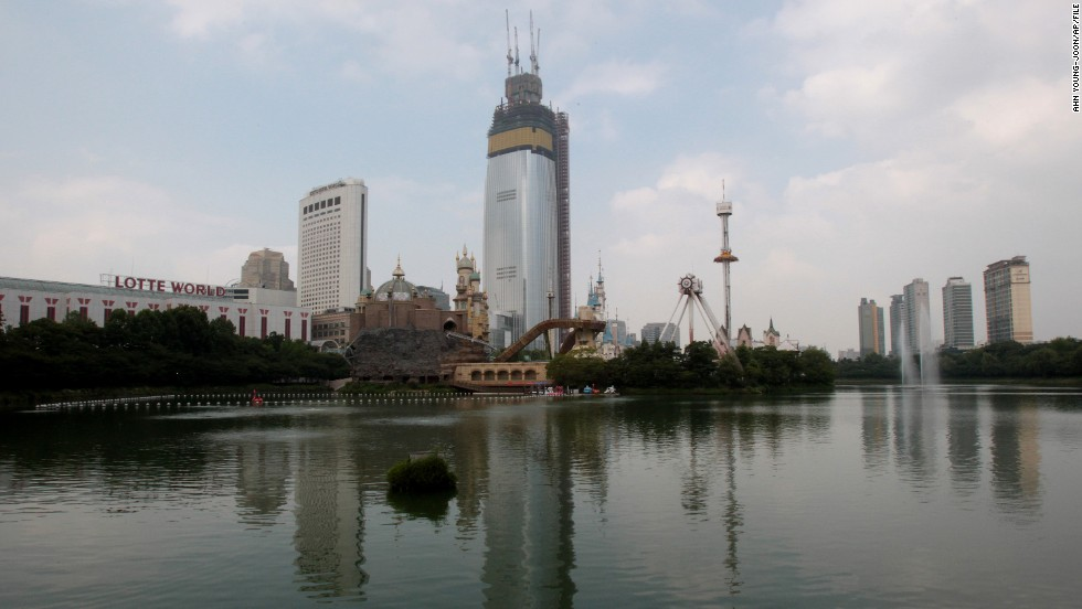 An increasing number of sinkholes have appeared in and around the neighborhood where the Lotte World Tower is being built in Seoul, South Korea. The first one was discovered in June and several others have appeared since then, according to local media reports, causing the construction of what would be Seoul's tallest building to come under scrutiny.