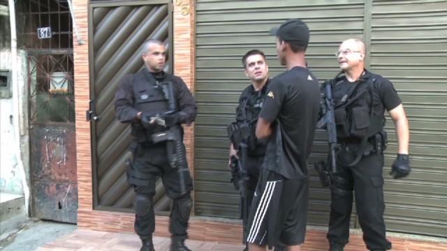 cnnee pkg baron brasil rights abuses_00002124.jpg