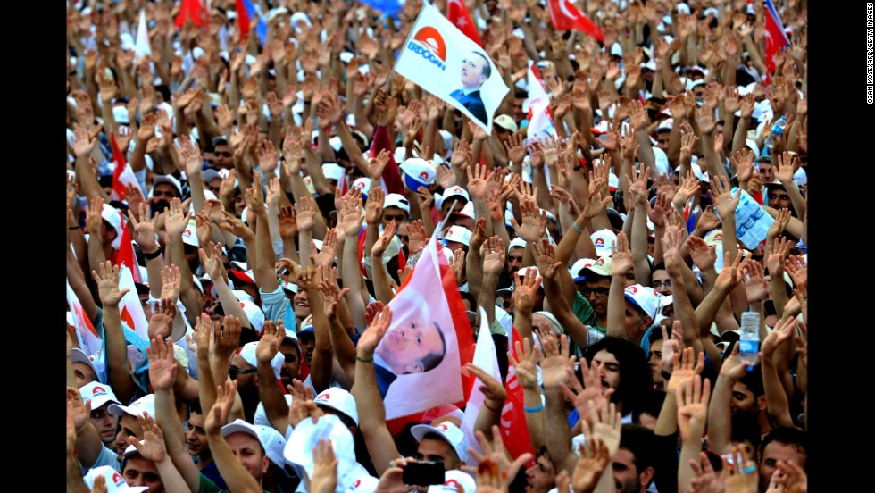 Erdogan supporters rally in Istanbul on Sunday, August 3.