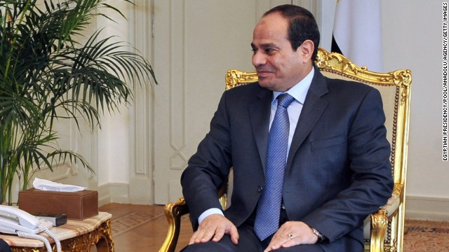 CAIRO, EGYPT - AUGUST 4 :  Secretary-General of the Arab League, Nabil Elaraby (L) meets with Egyptian President Abdel-Fattah al-Sisi (R) in Cairo, Egypt on August 4, 2014. (Photo by Egyptian Presidency/Pool/Anadolu Agency/Getty Images)