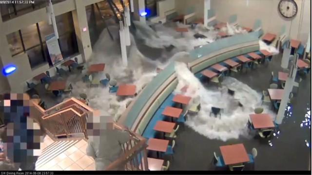 cnnee us nebraska hospital floods_00002915.jpg
