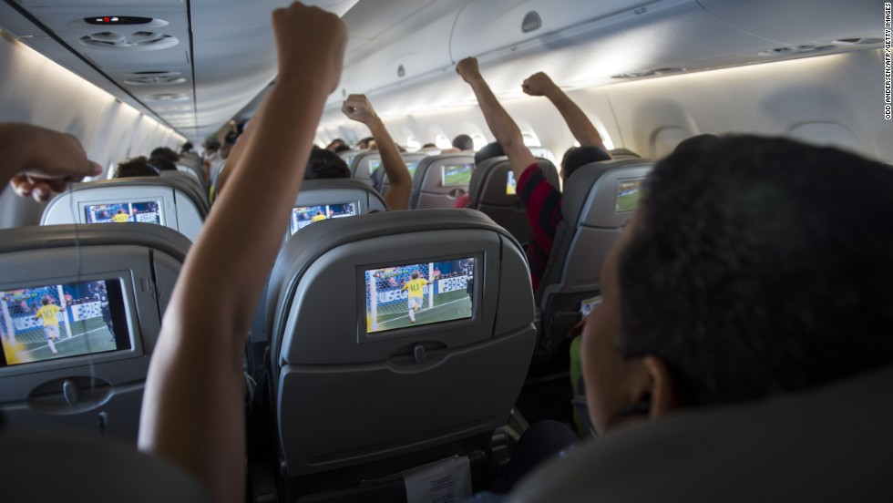 La FIFA abre la licitación de sus derechos de TV para barcos y aviones