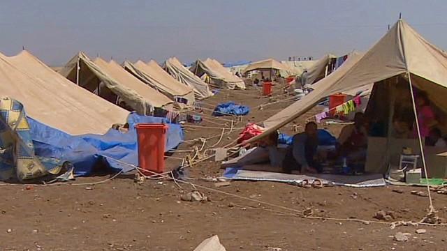 pkg watson iraq refugees in syria_00012420.jpg