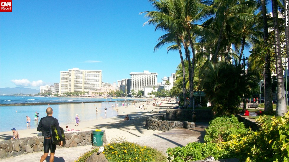 "If nature isn't your thing, Waikiki's <a href=""http://ireport.cnn.com/docs/DOC-1093715"">Kalakaua Avenue</a> offers a variety of <a href=""http://www.gohawaii.com/oahu/plan-a-trip/shopping/waikiki-shopping"" target=""_blank"">luxury boutiques</a> for shoppers, and you'll still be able to see a stunning ocean view from the street."
