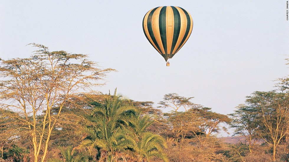 <strong>Serengeti balloon safari (Tanzania)</strong>: This hot air balloon ride over the Serengeti gives amazing views of the great migration and African bush without the unwanted dust bath.