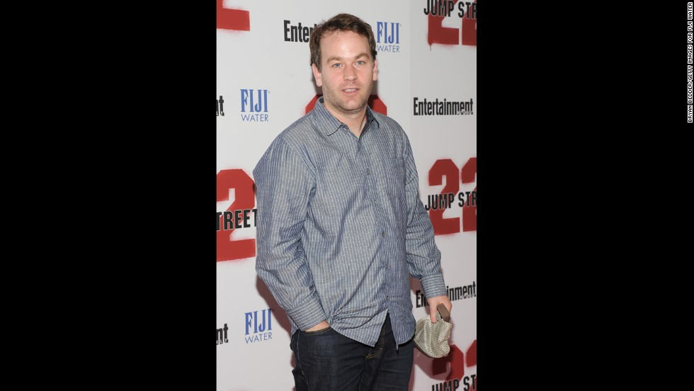 "It was announced in August that comedian Mike Birbiglia as joining the cast in season 3. He was guarded about the details of his role in <a href=""http://www.people.com/article/mike-birbiglia-orange-new-black"" target=""_blank"">an October interview with People magazine. </a>"