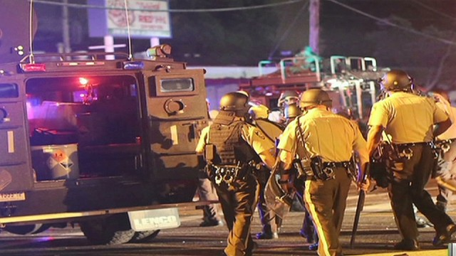cnnee cafe oraa intv us ferguson unrest_00023816.jpg