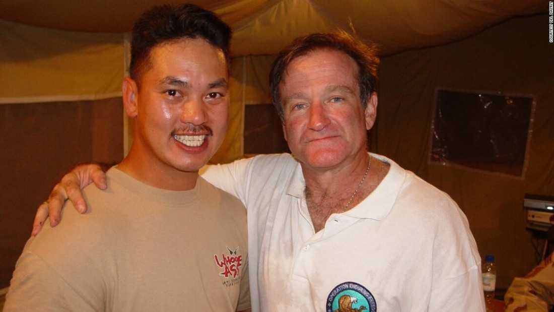 "While stationed in Pakistan in 2002, ""lifelong fan"" <a href=""http://ireport.cnn.com/docs/DOC-1161666"">Del Dayrit</a> was thrilled to meet the comedic actor. Although they only spoke briefly, Dayrit said he could tell ""how genuine and sincere [Williams] is as a human being."""