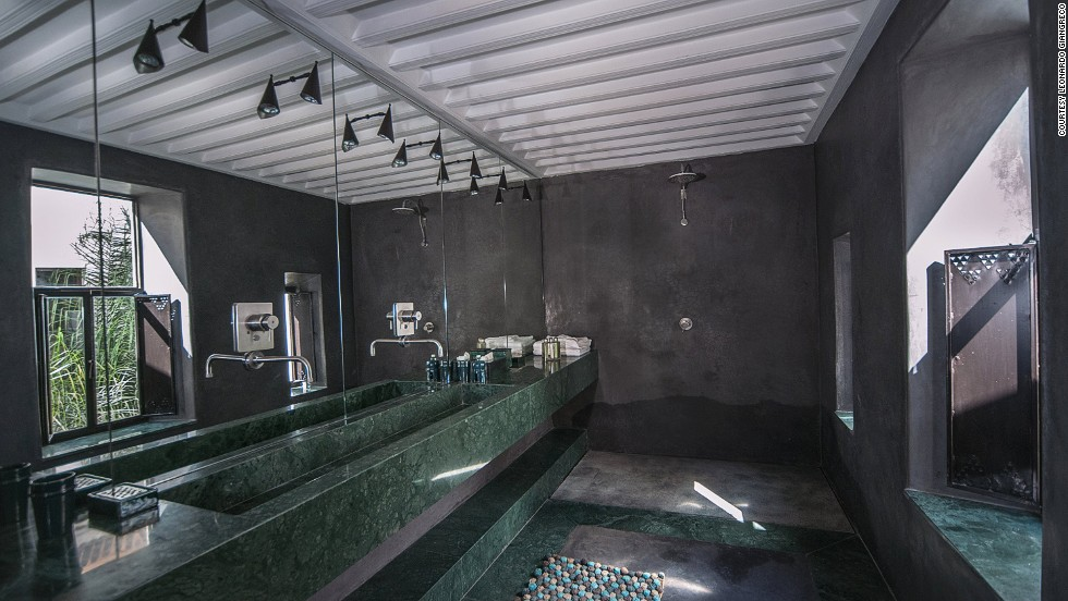 <strong>Riad Jaaneman (Marrakech):</strong> In Marrakech, Riad Jaaneman juxtaposes Italian contemporary style with art deco furnishing. The Partenope suite has a bathroom of emerald marble from South America and ebony Moroccan tadelakt.