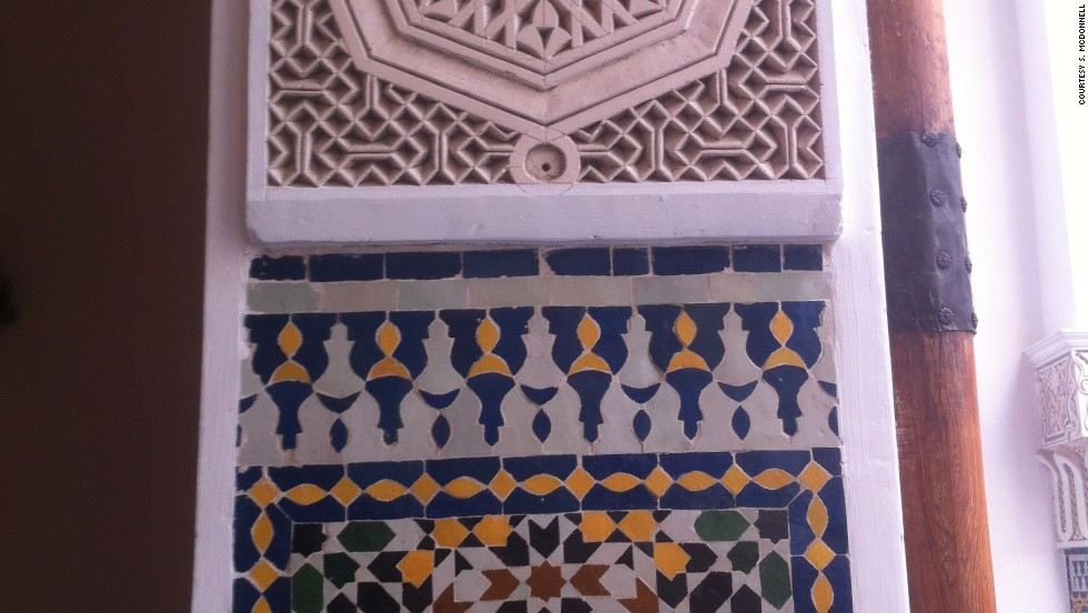 <strong>Riad El Amine (Fez): </strong>Riad El Amine in Fez features ornamentation from traditional Moroccan crafts such as zellij (glazed ceramic tiles) in colorful geometric patterns on walls and floors.