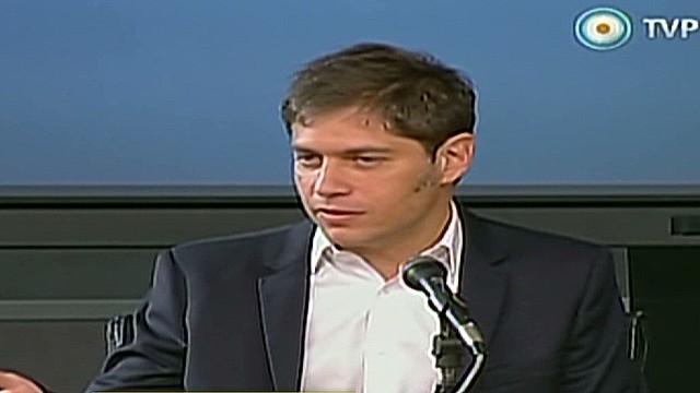 cnnee sarmenti argentina debt announcement_00024102.jpg