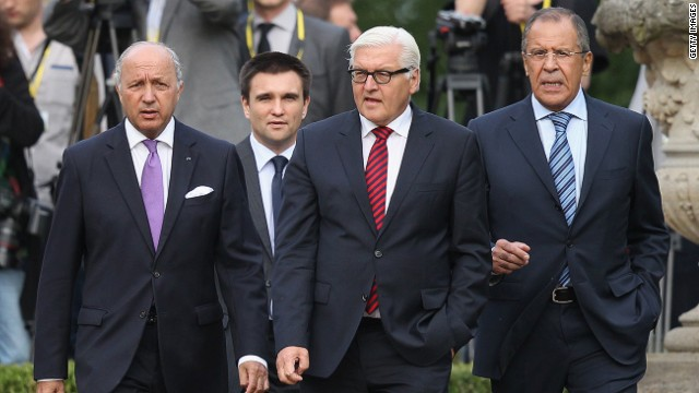 BERLIN, GERMANY - AUGUST 17: (From L to R) French Foreign Minister Laurent Fabius, Ukrainian Foreign Minister Pavlo Klimkin, German Foreign Minister Frank-Walter Steinmeier and Russian Foreign Minister Sergey Lavrov meet to discuss the ongoing conflict in eastern Ukraine at Villa Borsig on August 17, 2014 in Berlin, Germany. The four men are meeting as at least one confirmed incursion by military vehicles from Russian soil into Ukraine and the statement by a separatist leader that Russia had supplied separatists fighting in Ukraine with heavy tanks, training and personnel have heightened tension as well as the fears of a possible imminent Russian invasion. (Photo by Sean Gallup/Getty Images)